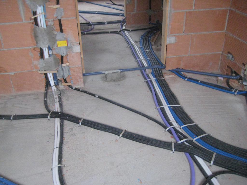 Schema Elettrico Quadro : Impianti elettrici
